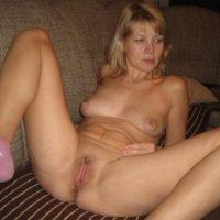 Rencontre sexy pour un sextape avec belle blonde mature