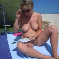 Rencontre coquine avec une mamie libertine et naturiste